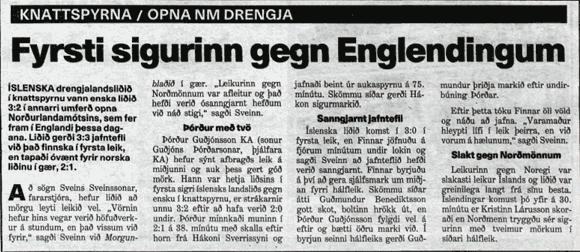 Frétt Morgunblaðsins um sigur drengjalandsliðs á Englendingum